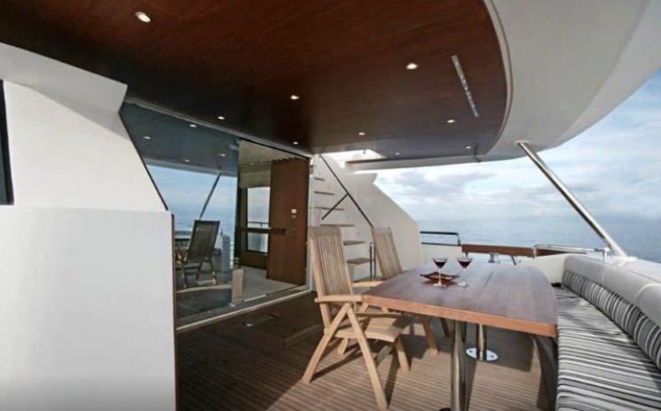 En Airbnb puedes alquilar un Yate como este